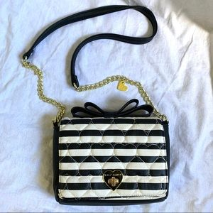 Betsey Johnson black white striped bow purse